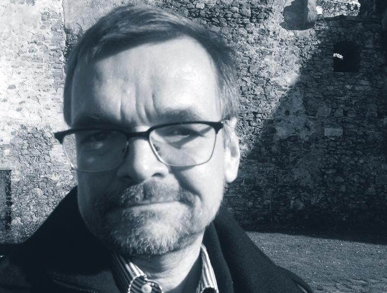 Prof. Diedrich Diederichsen